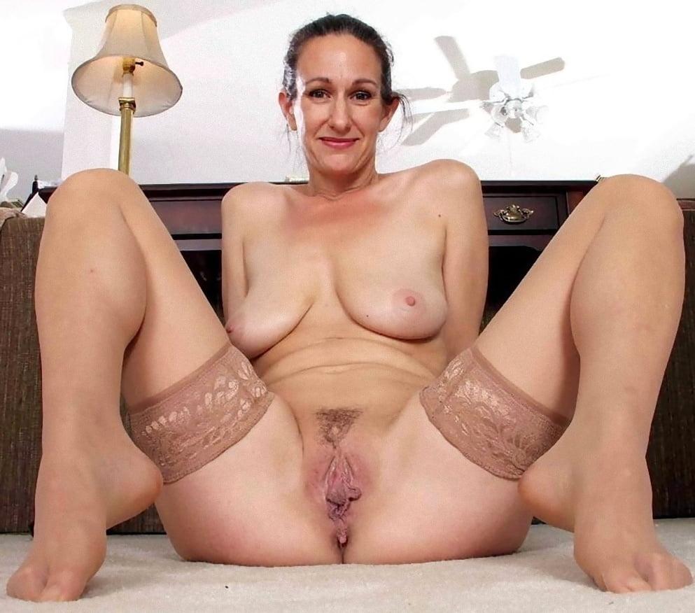 Mature free nake women galleries — photo 5