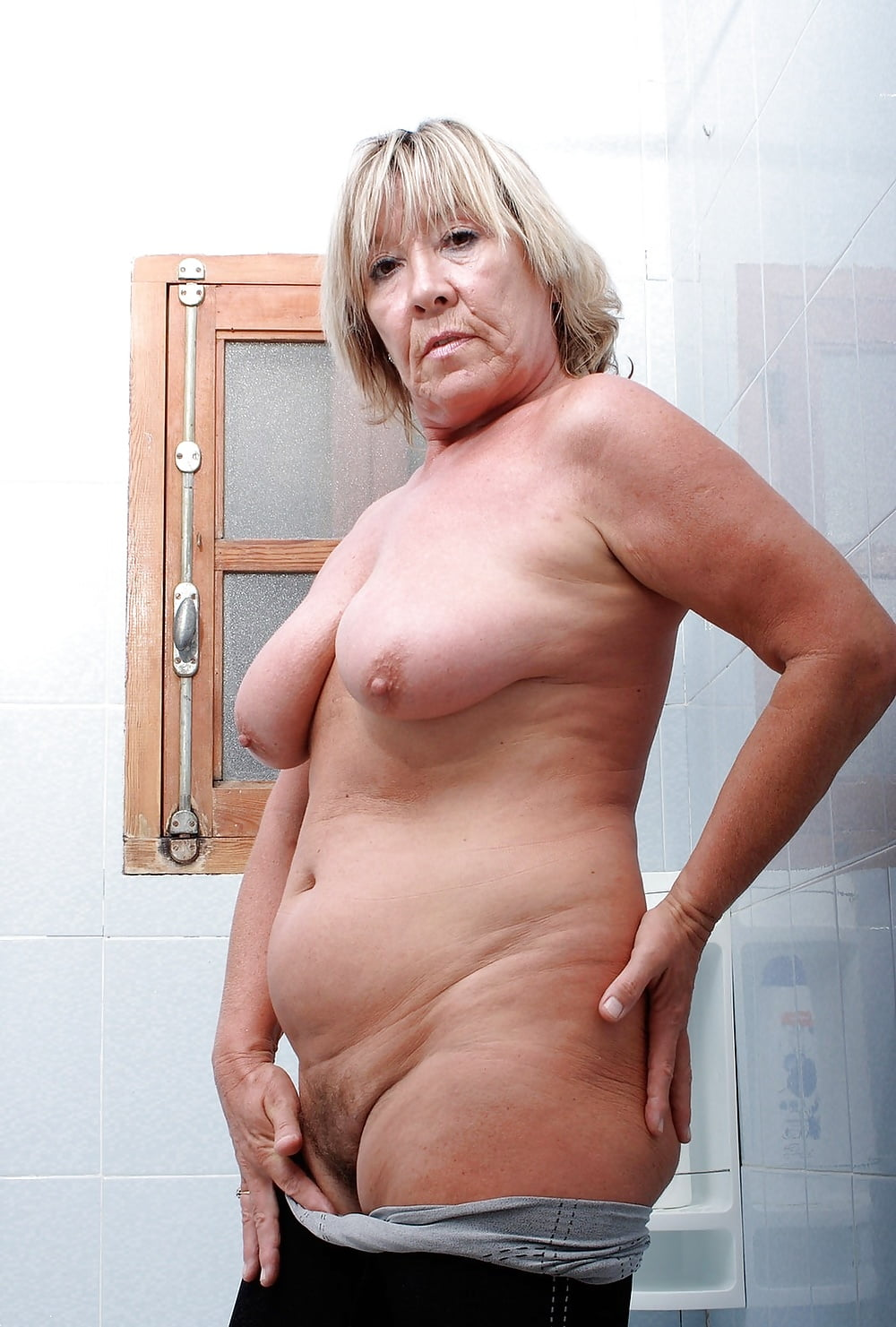 old-fat-naked-ladies-my-girlfriends-boobs