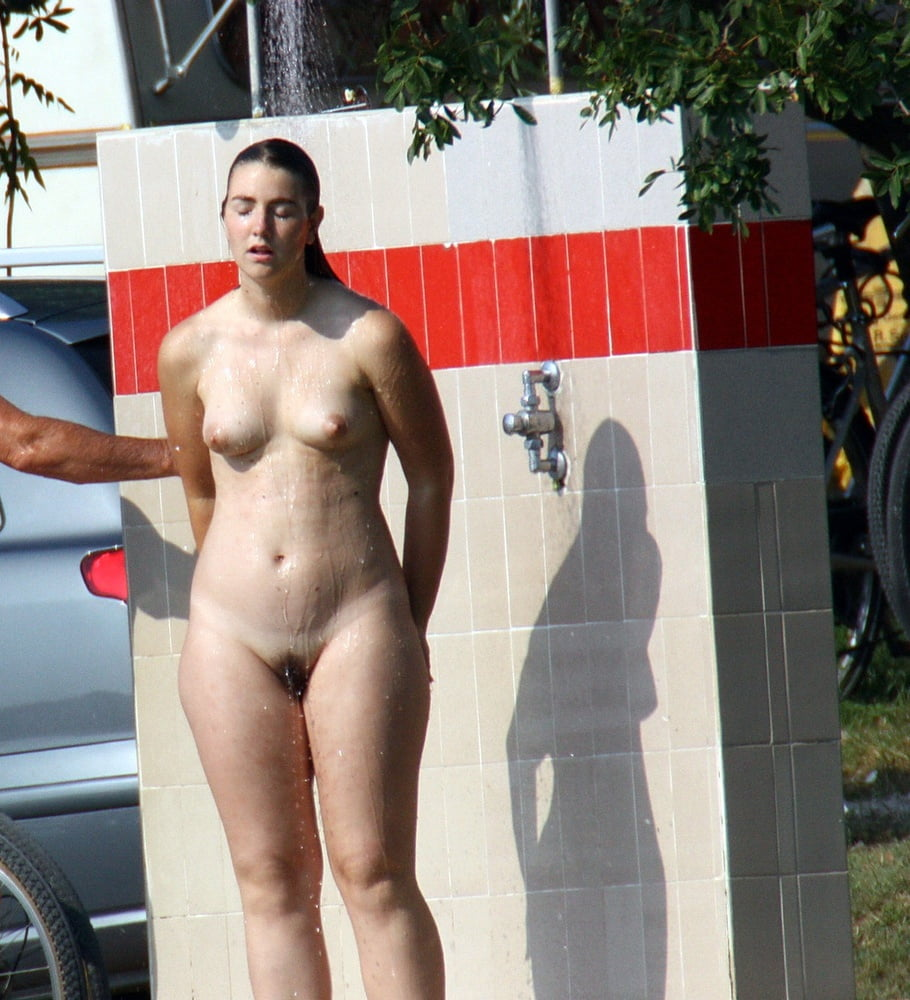 naked-dads-in-public-showers-ginger-lynn-today-xxx
