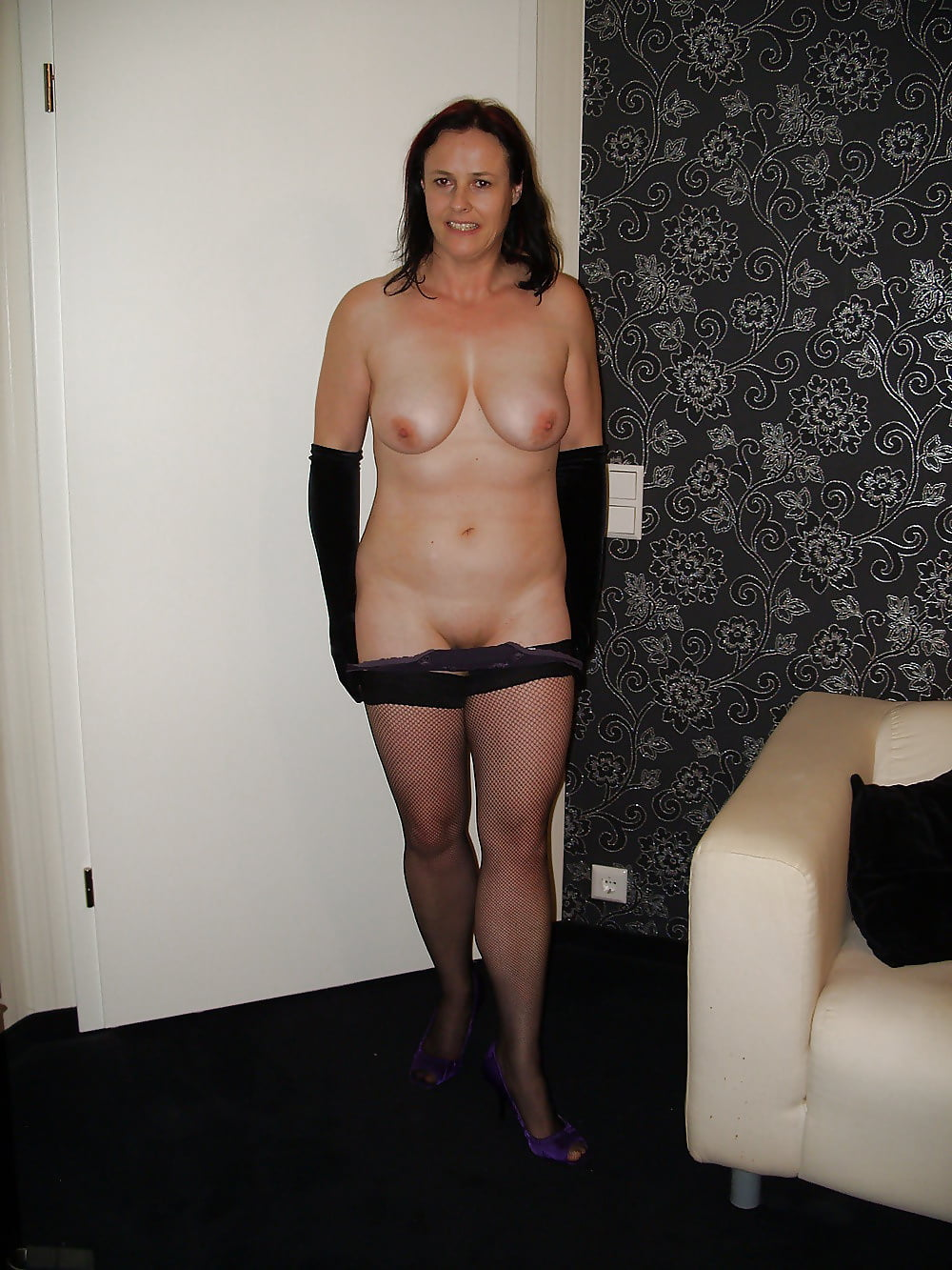 wife-strip-naked-video-pregnant