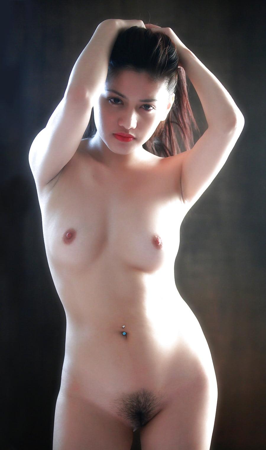 Pinay beautiful nude girl thorn
