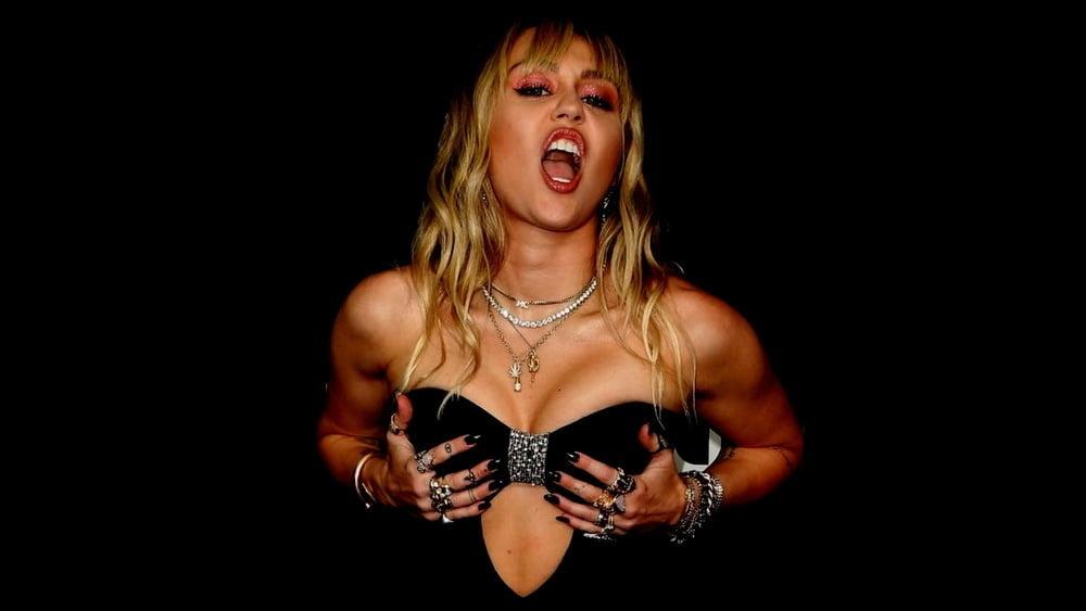 Cute Miley Cyrus - 78 Pics
