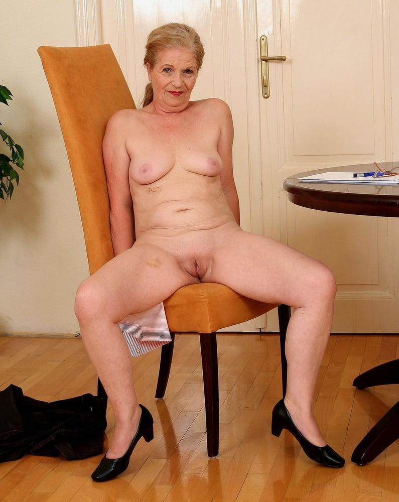 Видео порно кастинг зрелых женщин — pic 8