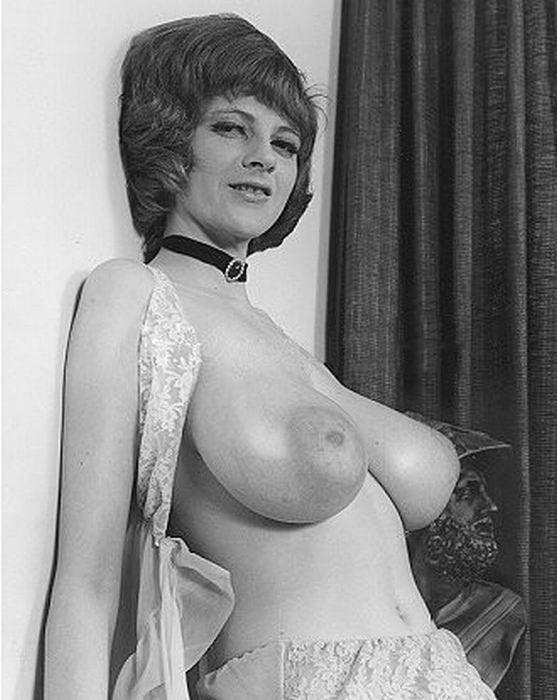 Retro vintage big tits