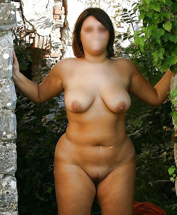 Attractive Rubenesque Nude Photo Pic