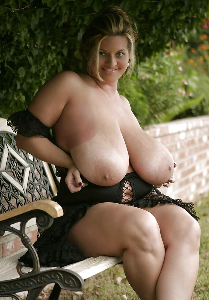 maria-moore-big-tit-he-pops-her-virginitytures