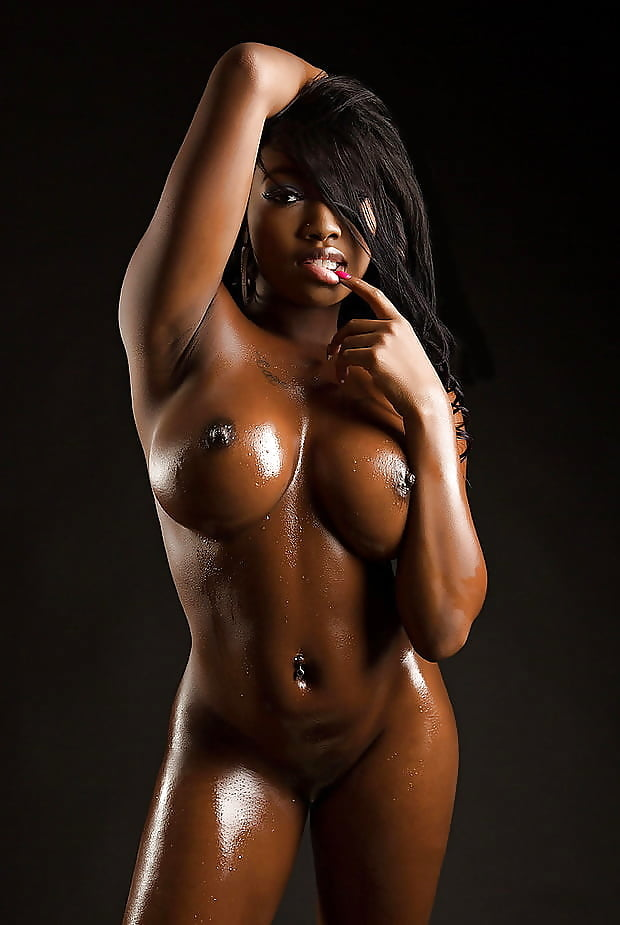 pictures-of-sexy-black-famous-women-nude-fuck-tube