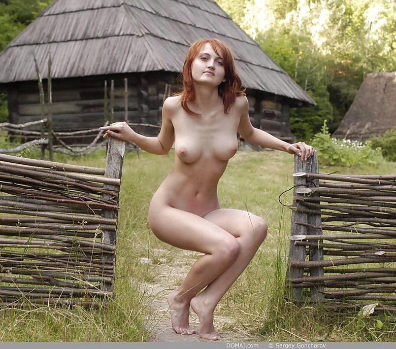 фото деревенский голые девушки
