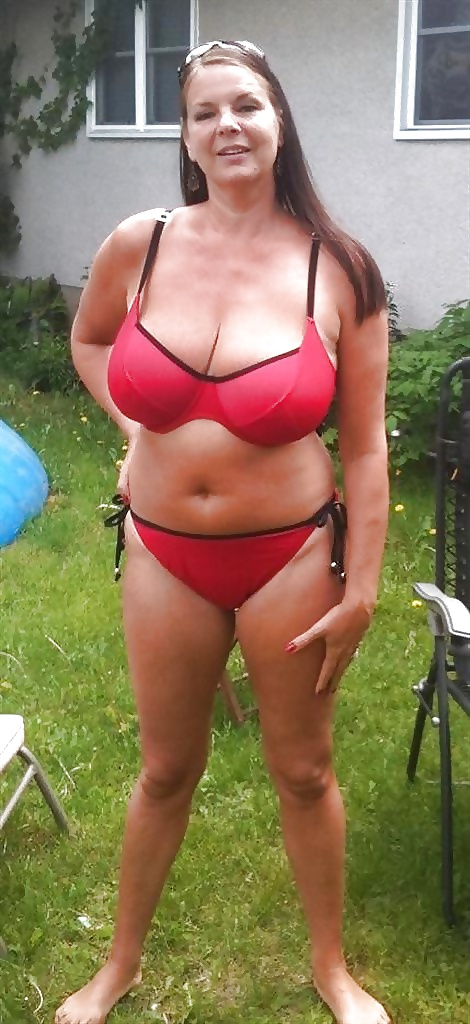 Naked chubby white milfs, married men blow jobs