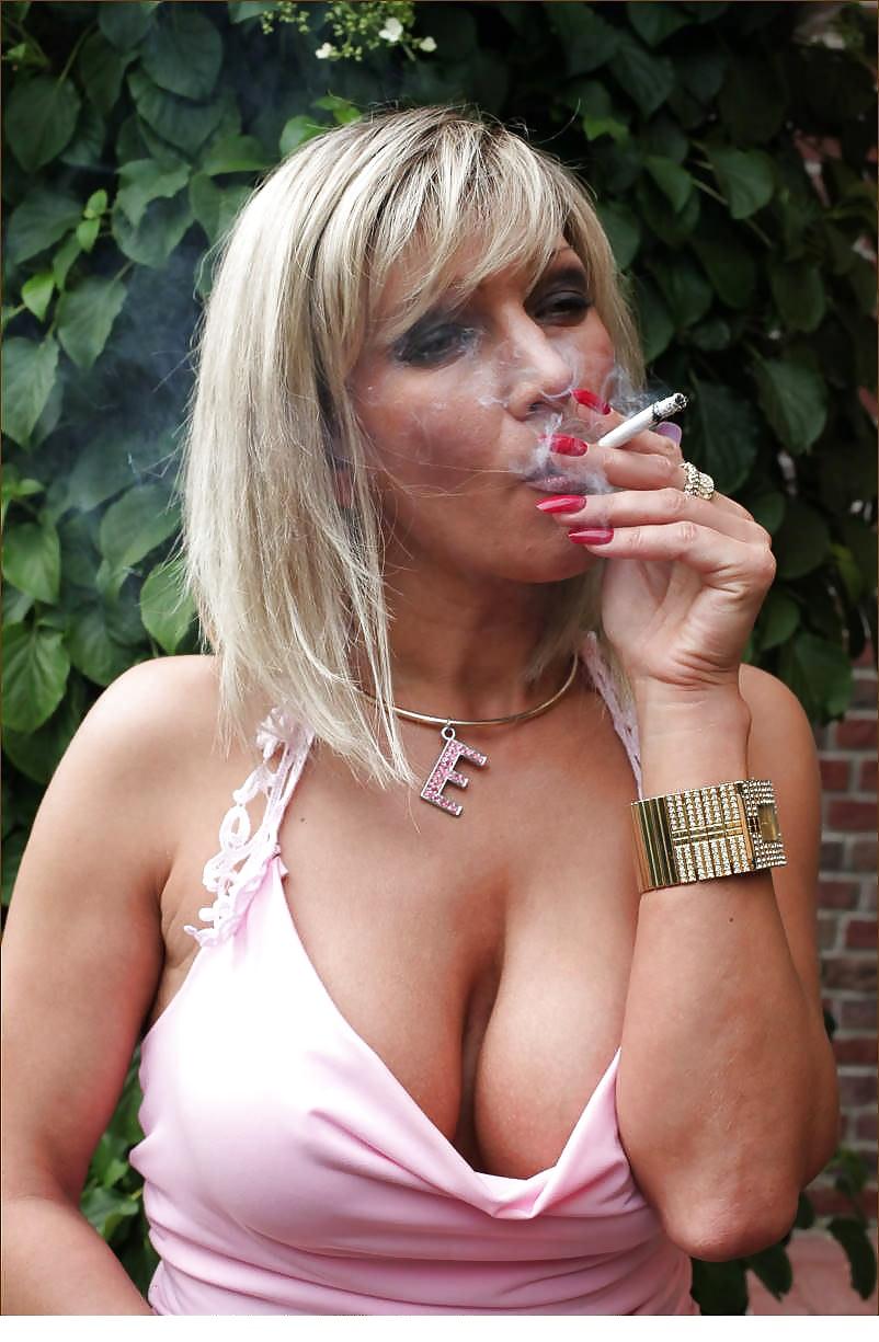 mature-smoking-milf-small-ass-gystyle-video
