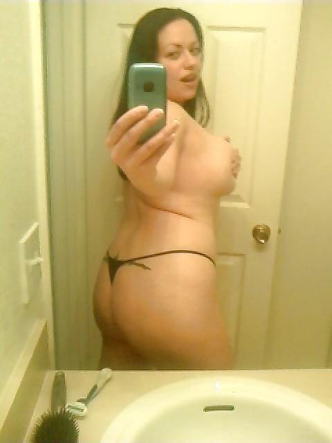 Big bouncy amateur granny tits