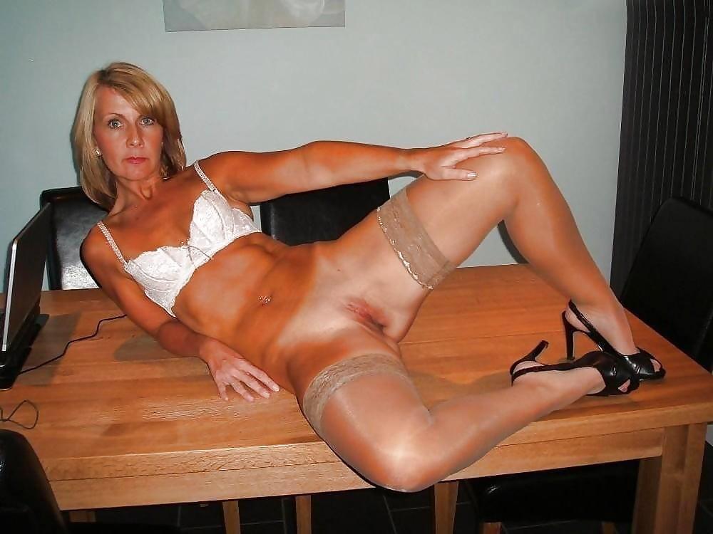 sexy-amature-mature-ladies-pictures